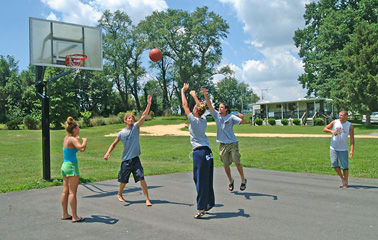 Basketball game at Four Seasons Family Campground
